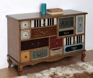De mooiste vintage ladenkastjes voor je slaapkamer veel laatjes