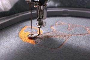 Borduursels met de naaimachine