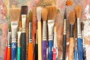 De kleuren van de muur afstemmen op je kunstwerken