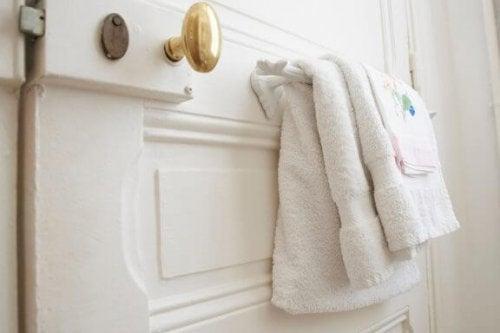 3 nieuwe handdoekhouders voor de badkamer