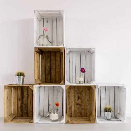 Gebruik trendy houten kisten om je huis op orde te houden