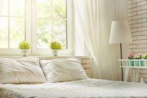 Wit en veel licht is belangrijk bij de mediterrane stijl