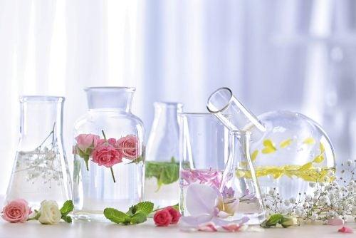 Potjes met geurwater om je huis lekker te laten ruiken