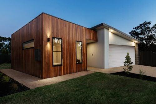 Moderne buitengedeeltes met rechte hoeken en hout
