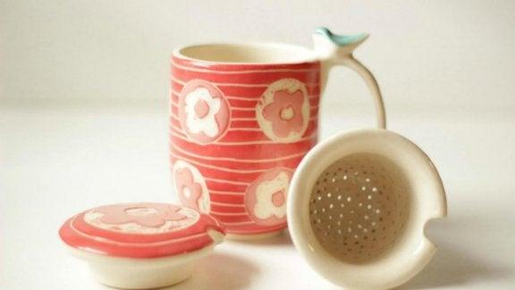 Decoratieve thee-accessoires met een design