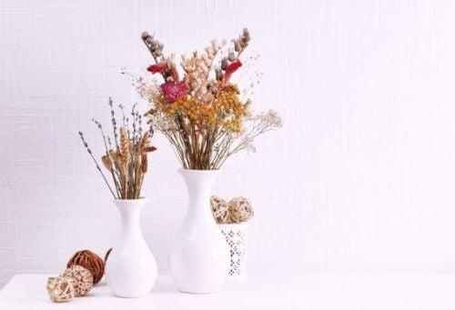 Originele herfststukjes voor op de tafel