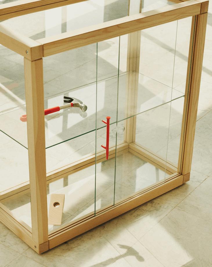 Kast met glas uit de ikea collectie