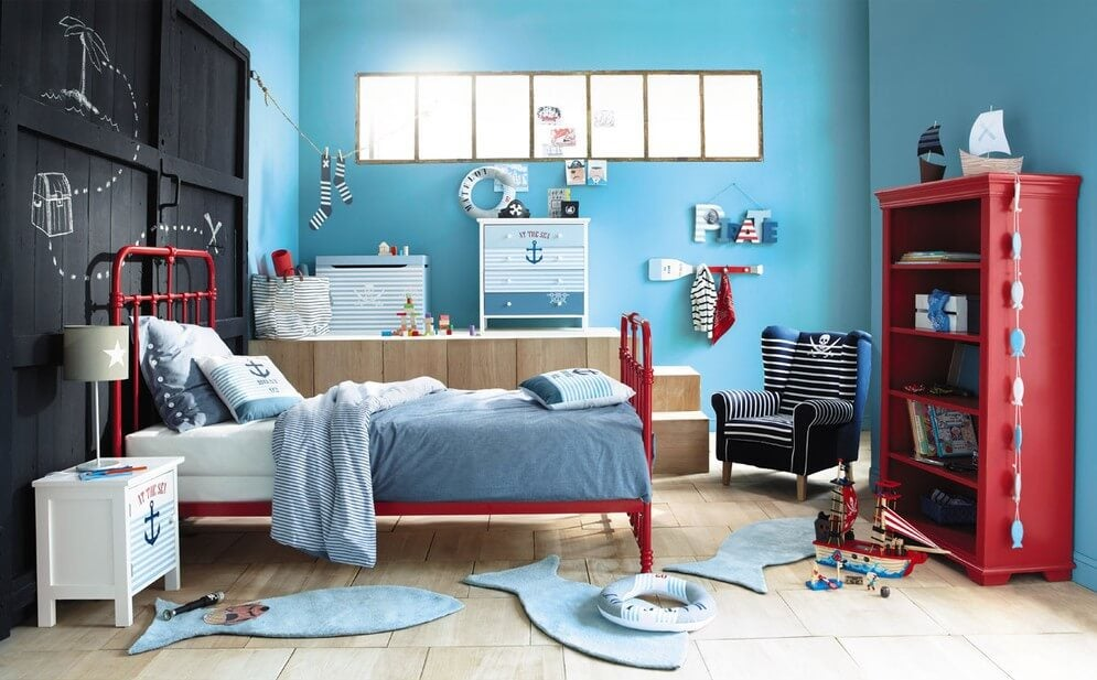 Slaapkamer in rood en blauw