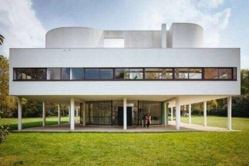 Bekijk het interieur van Villa Savoye van Le Corbusier!
