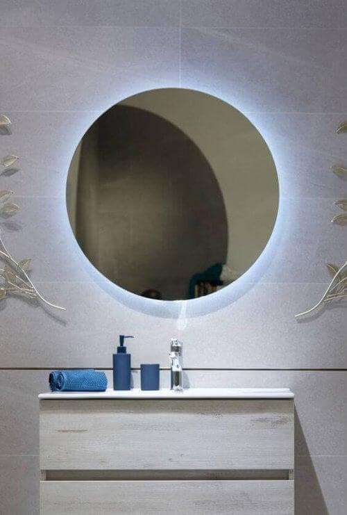 Ronde spiegel met verlichting
