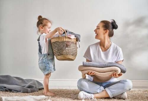 Hoe kinderen je thuis kunnen helpen met klusjes