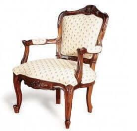 Sierlijke stoel