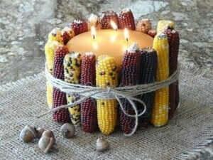 Gedroogde maïs decoraties.