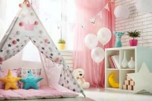 Kinderkamer met ballonnen