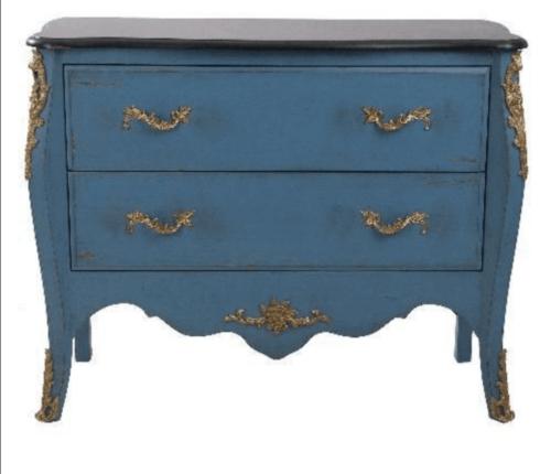 Een antiek dressoir