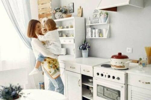 Hoe je een kindveilige keuken in je huis creëert