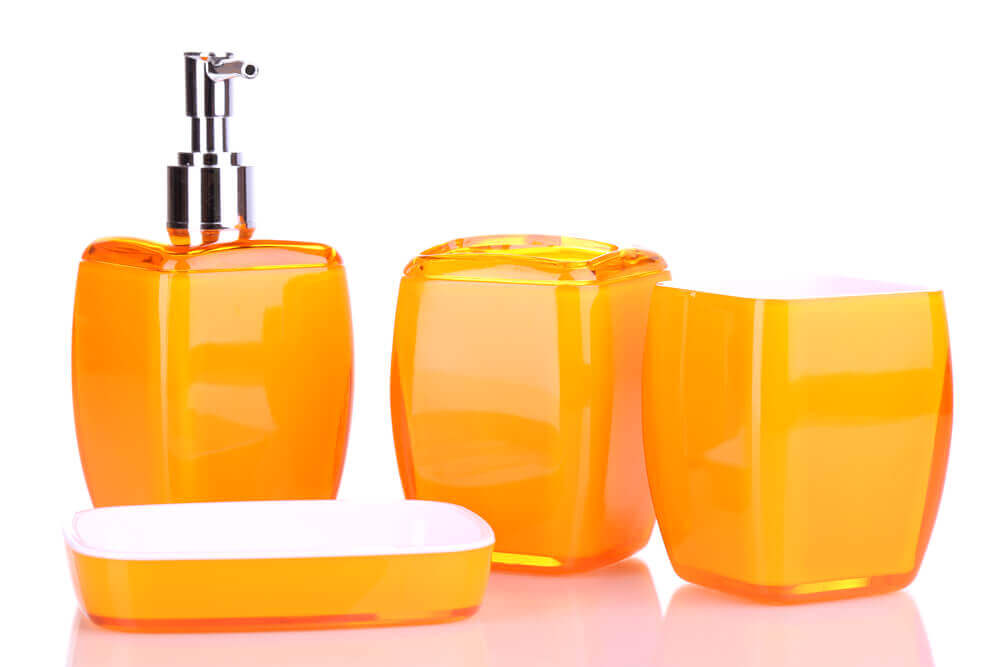 Oranje accessoires voor de badkamer
