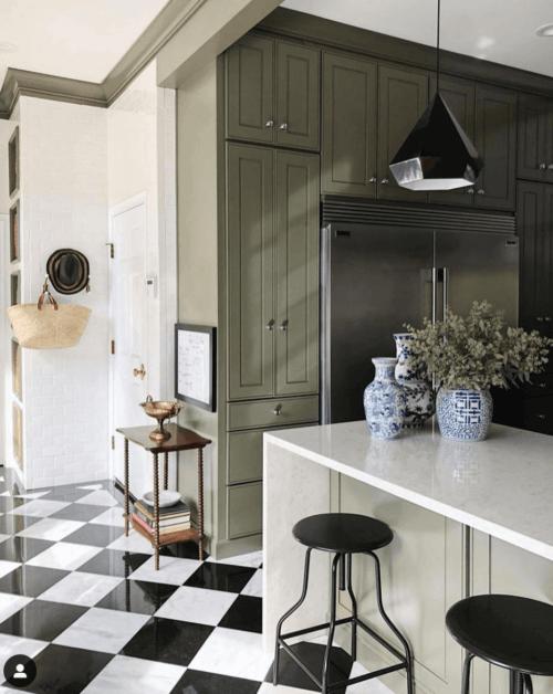 Krukken in het interieur van je keuken