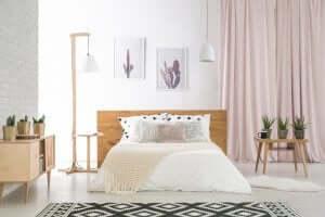 Slaapkamer met witte tinten