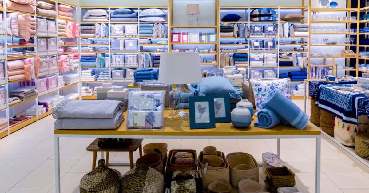 Ga eens kijken in winkels zoals Zara Home of Ikea