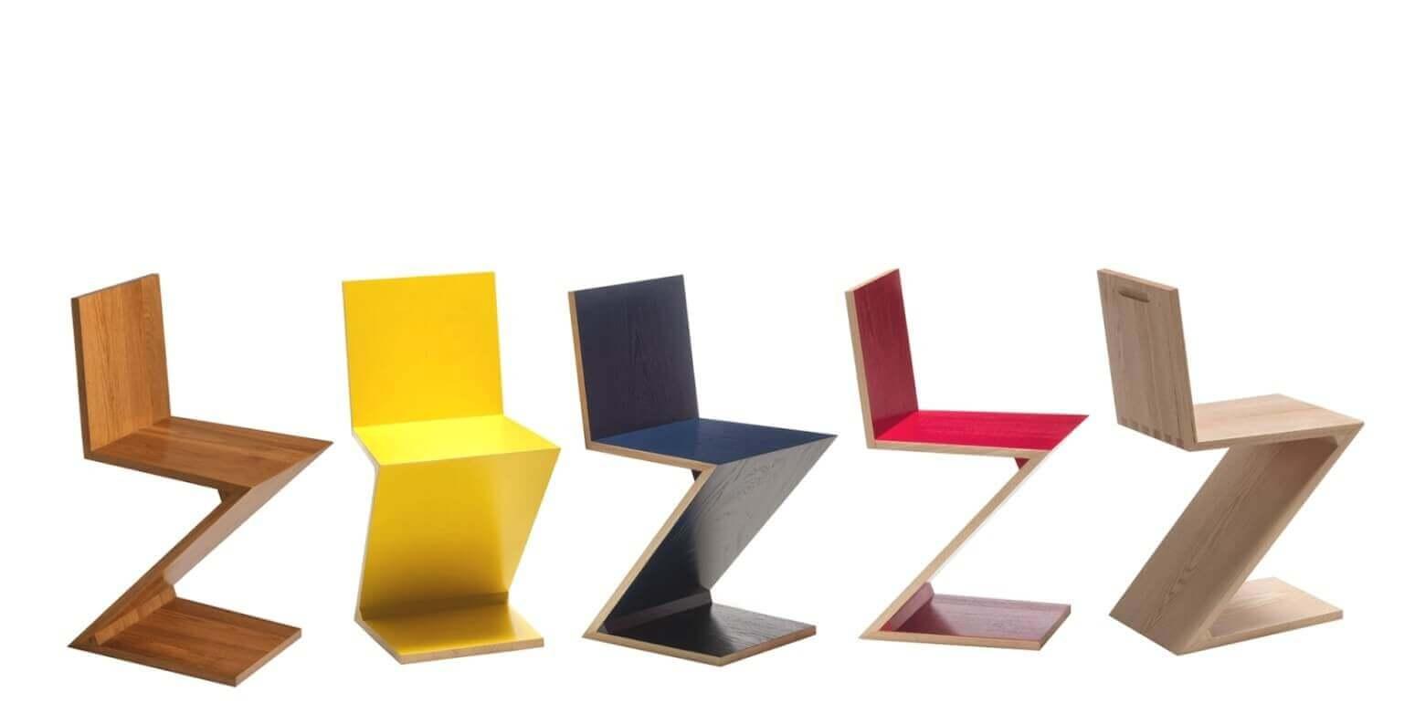 Zigzagstoelen in verschillende kleuren