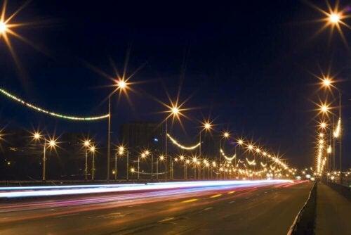 Straatverlichting valt ook onder vervuiling van buitenaf