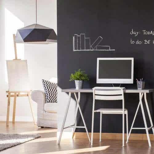 Het gebruik van krijtverf om je meubels te restaureren