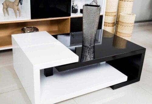 Zwart-witte tafel