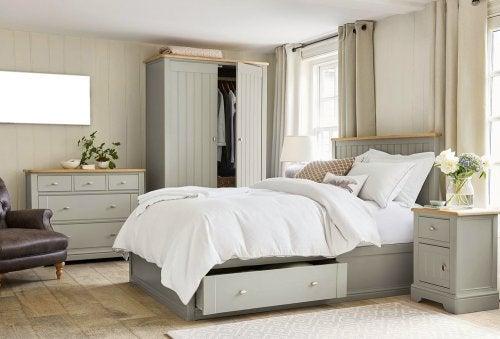 cama com gavetas para armazenamento
