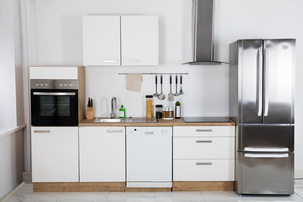 distribuição do espaço nas cozinhas de apartamentos pequenos