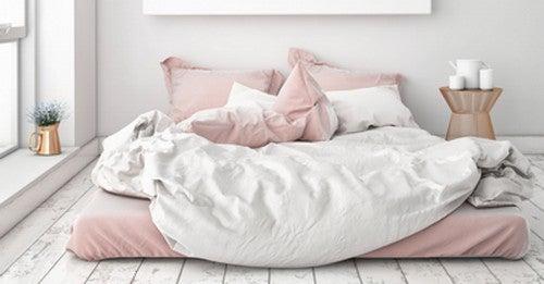 As vantagens de usar lençóis de seda