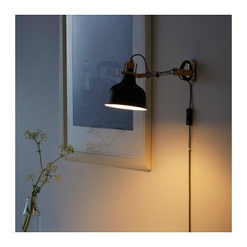 Luminárias de mesa fixas na parede