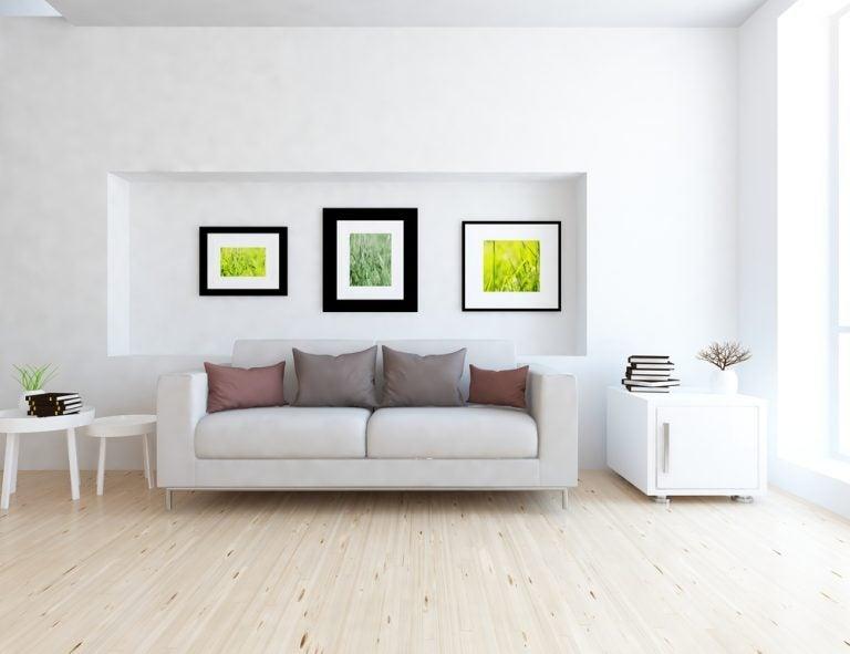 quadros atrás do sofá