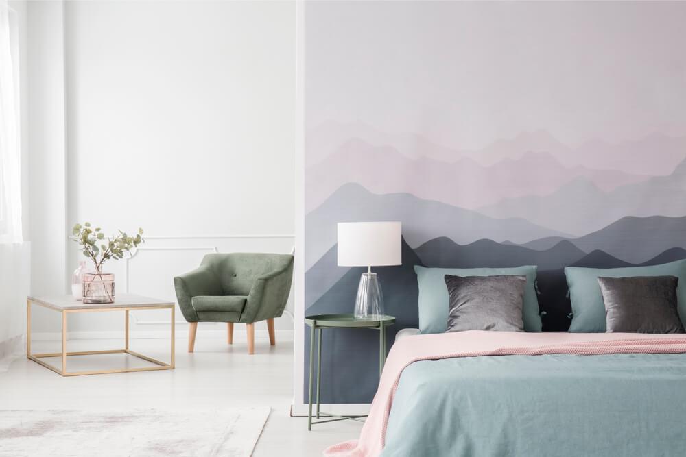 Como decorar um quarto grande de forma adequada?