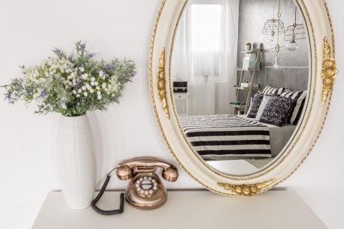 Ideias de espelhos vintage para o quarto