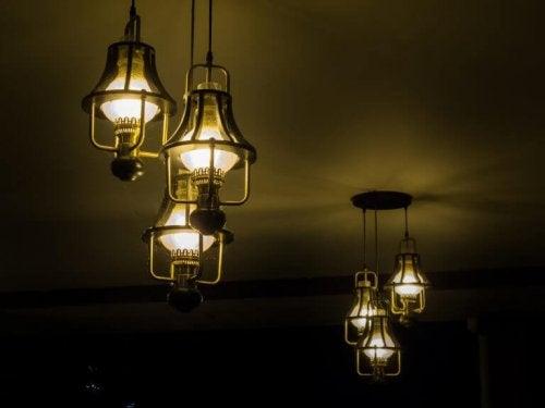 4 ideias de luminárias vintage para a sala de estar