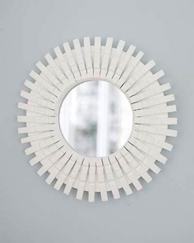 moldura com grampos-molduras de espelhos feitas em casa