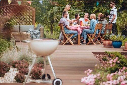 4 ideias para criar espaços de descanso e relaxamento no jardim