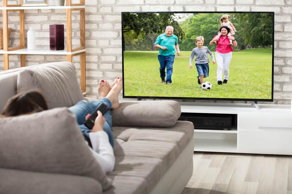 Qual é o melhor lugar para colocar a televisão na sala de estar?