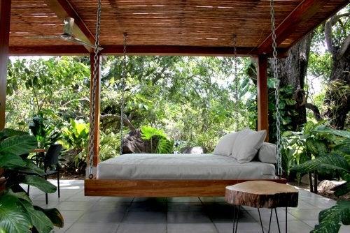 Camas balinesas ideais para o seu terraço