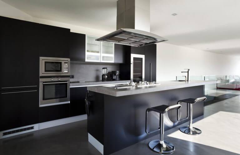 cozinha moderna preta- decoração usando o preto
