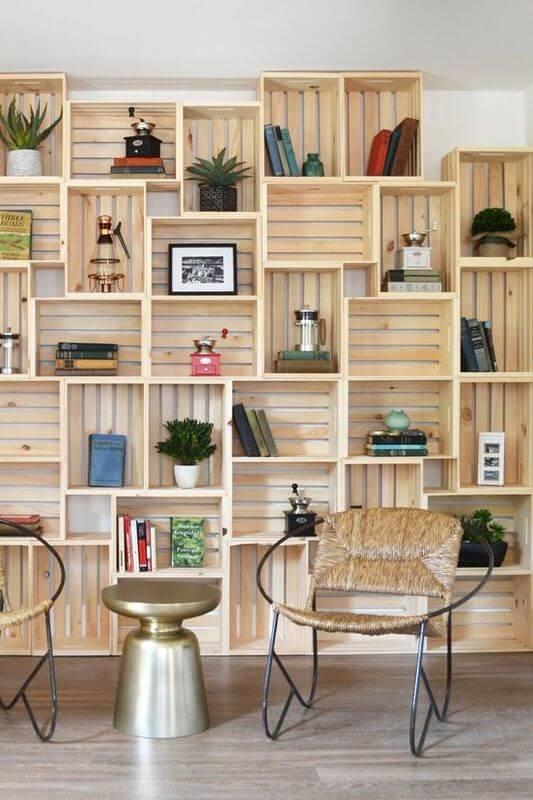 estante de madeira-organizar a sua biblioteca