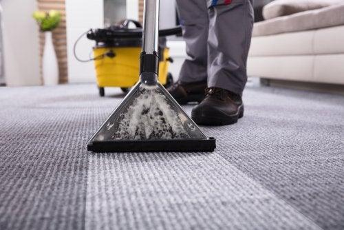 A melhor maneira de realizar a limpeza geral