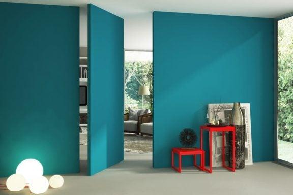4 paredes falsas que dão acesso a outros cômodos