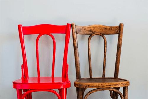 4 erros mais comuns ao restaurar móveis de madeira