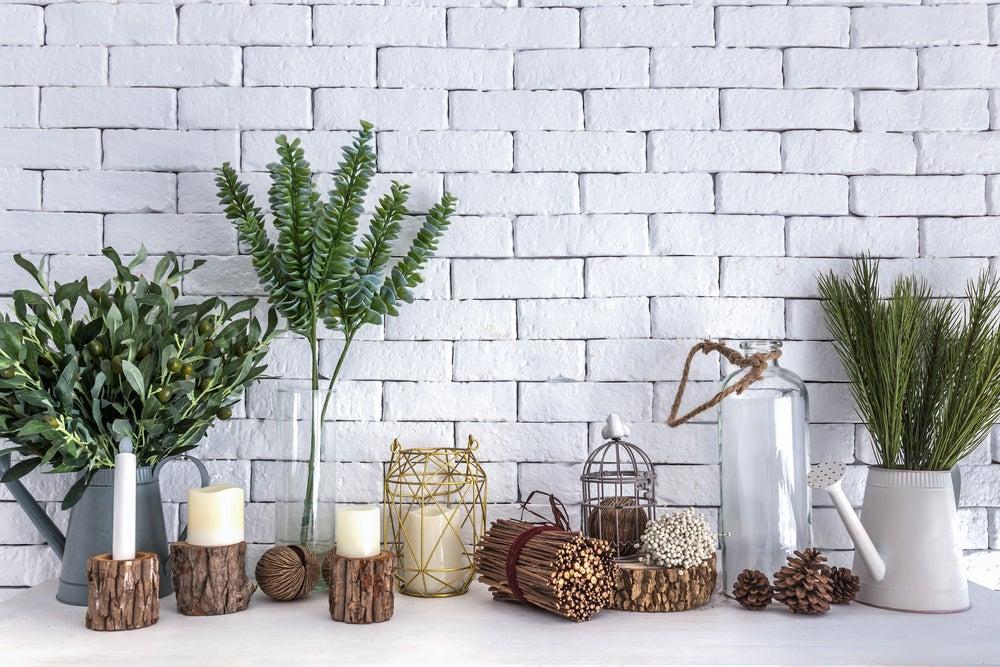 Vasos feitos com troncos de madeira