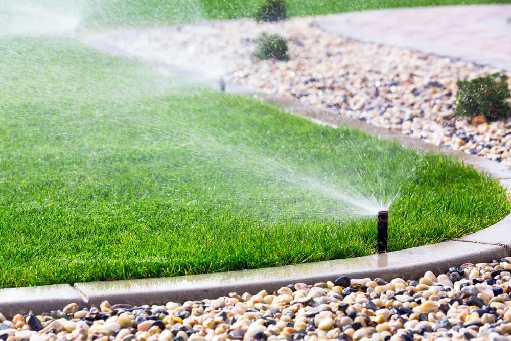 Sistemas de irrigação automática para o jardim