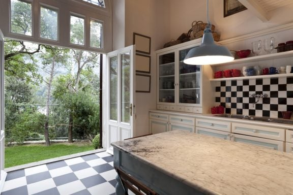 4 dicas para ter uma cozinha aberta para o exterior