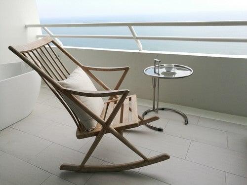 Modelos de cadeiras de balanço para o seu terraço