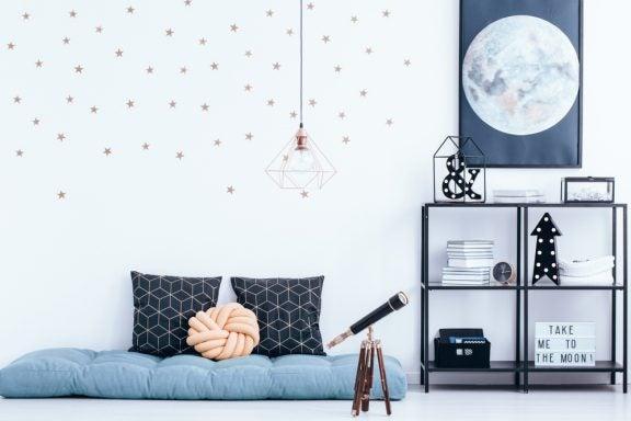 Pôsteres nas paredes do quarto: permitir ou não?